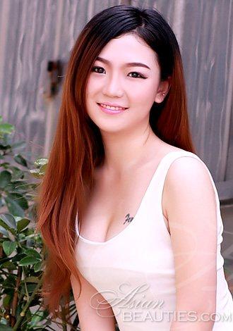 young asian member mengting from zhuzhou 24 yo hair color black