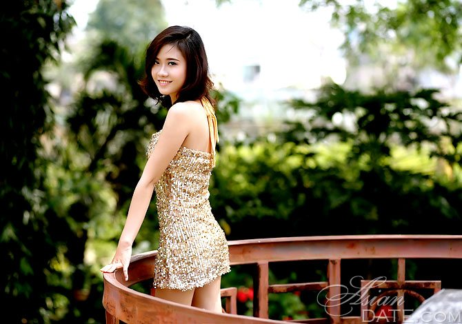 Cherry blossoms: member Thi Kim Lien(Sunny) from Ho Chi